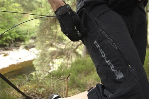 ENDURA Singletrack 3 4 volné kalhoty pánské  b8422ecd34